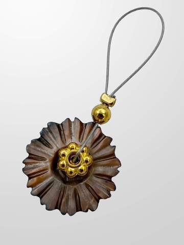 Brown Mother of Pearl Flower - fits needle 2-7 mm
